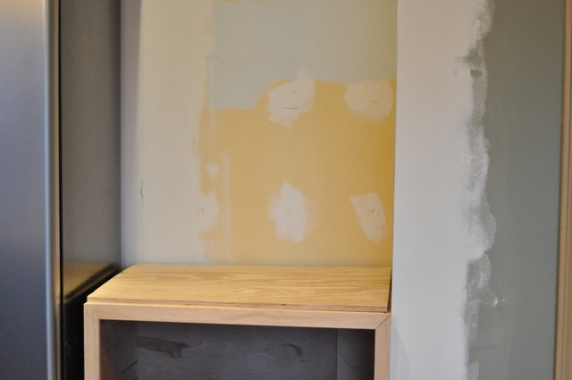 Then for the shelves above….we thought the easiest way to make it would be  to build a basic box….then add shelves that could be moved if necessary… - Installing Wood Countertop And Building A Base Cabinet DIY