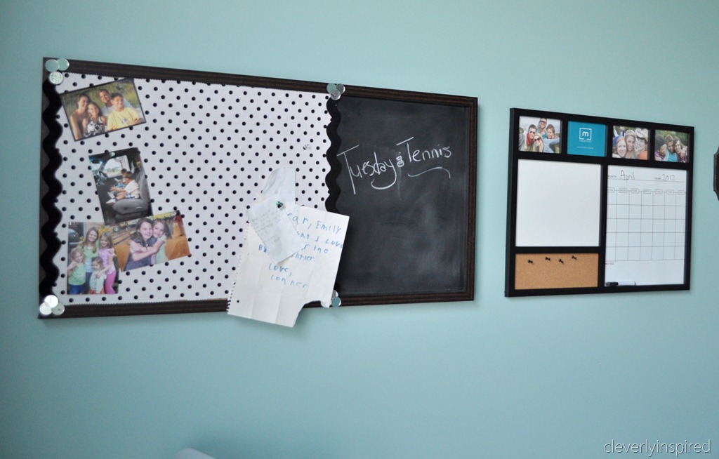 Decorating ideas for girls bedrooms for Diy bulletin board for bedroom