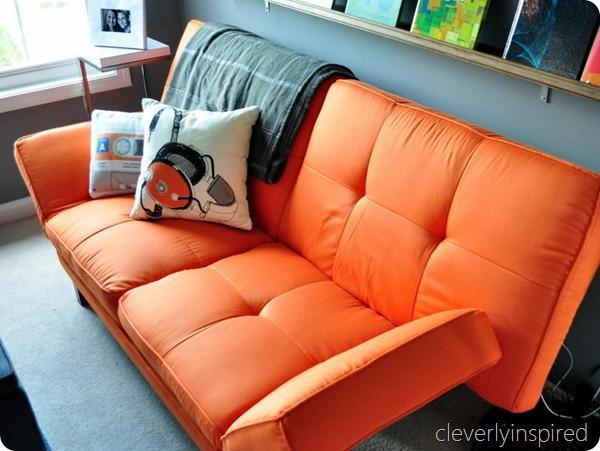 gray and orange boys room (15)