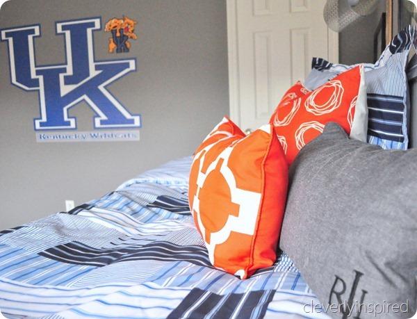 gray and orange boys room (7)