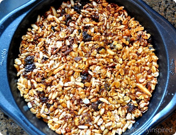 homemade granola bar recipe @cleverlyinspired (2)