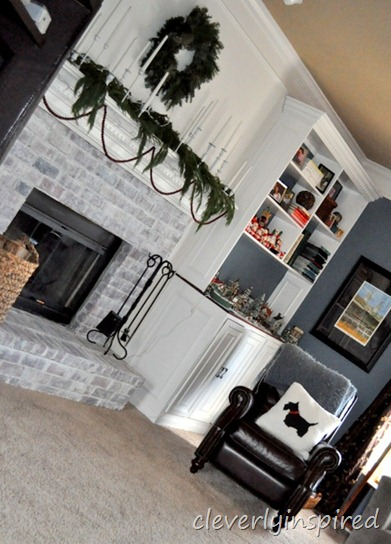 christmas mantle 2012 (decorating a holiday mantle) @cleverlyinspired (18)