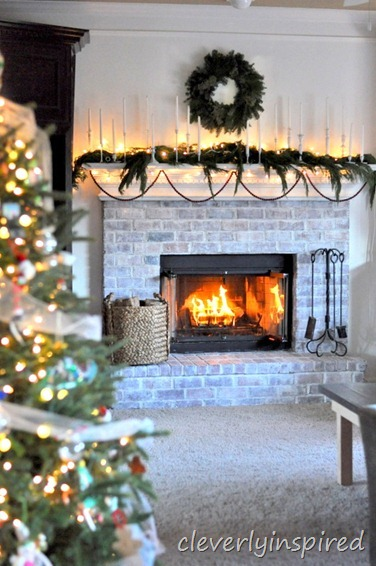 christmas mantle 2012 (decorating a holiday mantle) @cleverlyinspired (5)