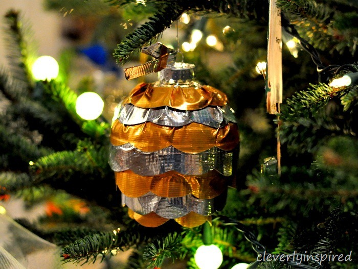 duck tape craft christmas ornament @cleverlyinspired (4)