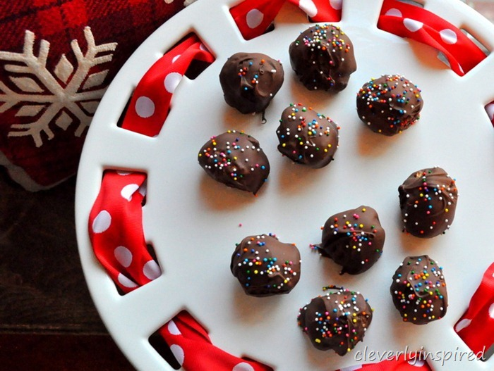 salty sweet peanutbutter ball recipe @cleverlyinspired (3)