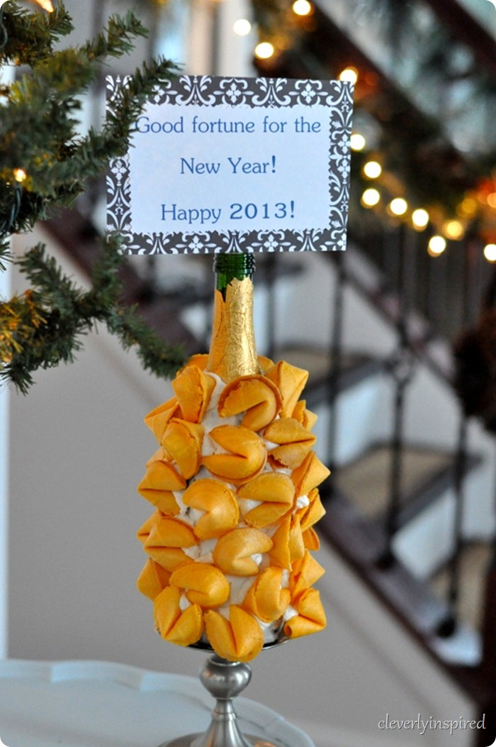New Years Eve fortune cookie display