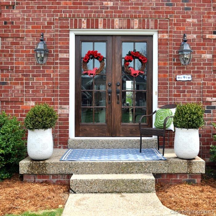 spring porch decor @cleverlyinspired (5)