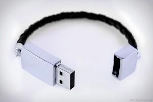 Tech Tuesday: USB bracelet