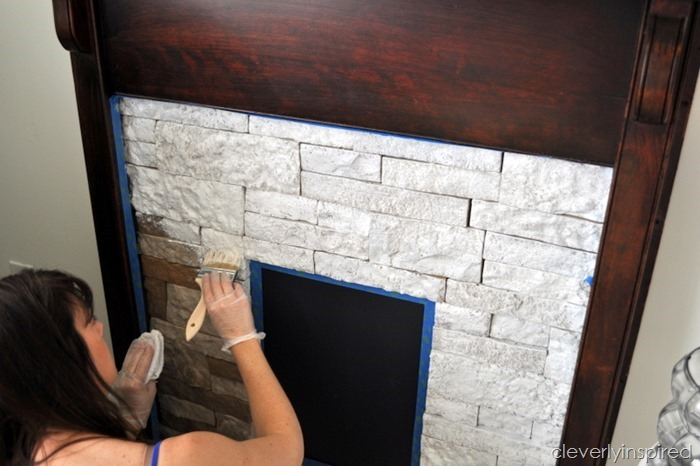 creating a faux stone fireplace with airstone @cleverlyinspired (2)