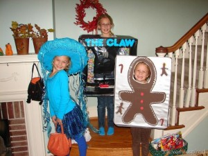 DIY Claw Machine Kids Costume