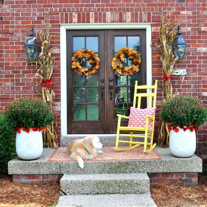 fall porch @cleverlyinspired (1)