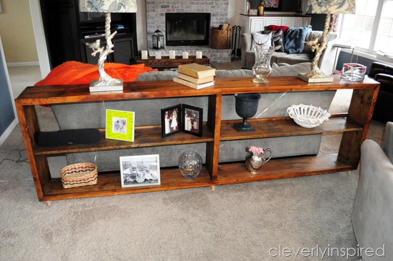Ordinaire Sofa Table Minwax Stain Cloths @cleverlyinspired (1)