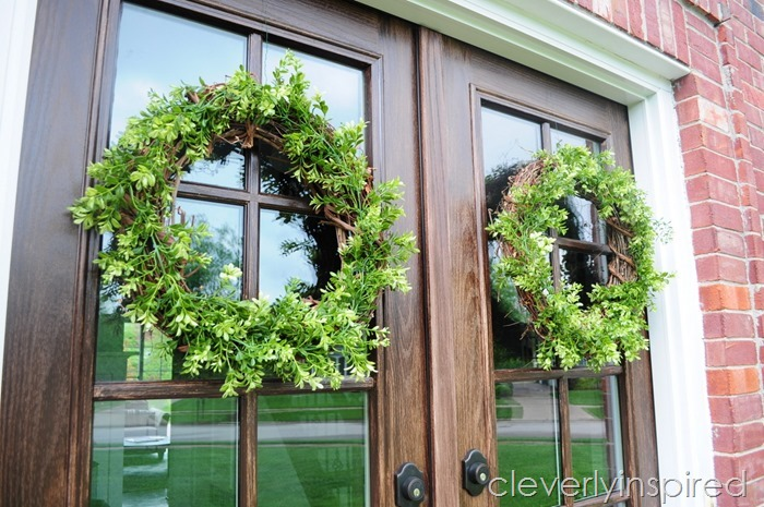DIY boxwood wreath @cleverlyinspired (2)