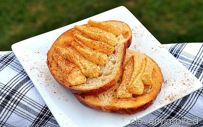 cinnamon pumpkin cream cheese recipe @cleverlyinspired (4)