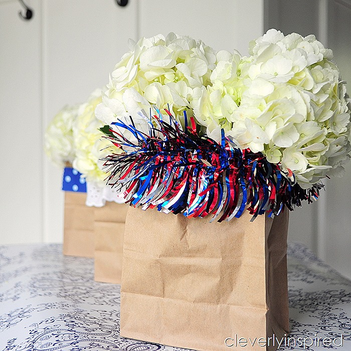paper bag vase @cleverlyinspired #ultimateredwhiteandblue (3)
