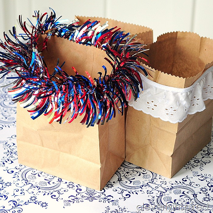 paper bag vase @cleverlyinspired #ultimateredwhiteandblue (6)
