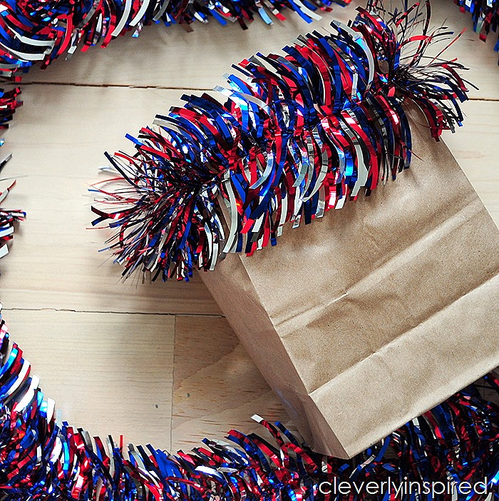 paper bag vase @cleverlyinspired #ultimateredwhiteandblue (7)
