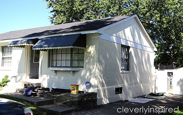 painted brick ranch house @cleverlyinspired (4)