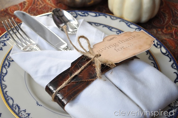 DIY leather napkin tie & Thanksgiving printable @cleverlyinspired (2)
