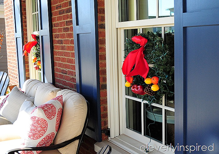 traditional outdoor Christmas decor @cleverlyinspired (15)