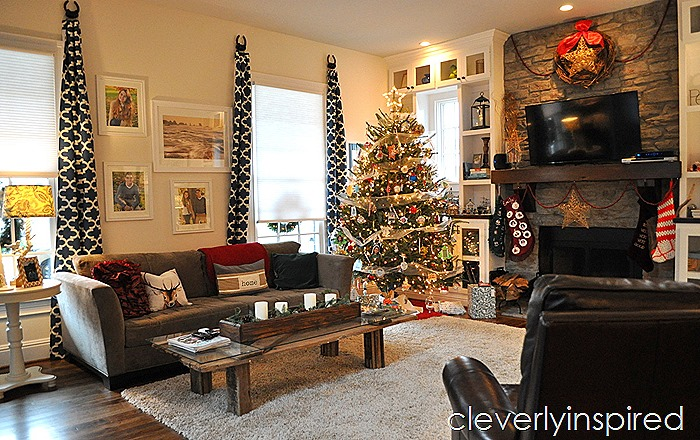 casual christmas decor @cleverlyinspired (12)
