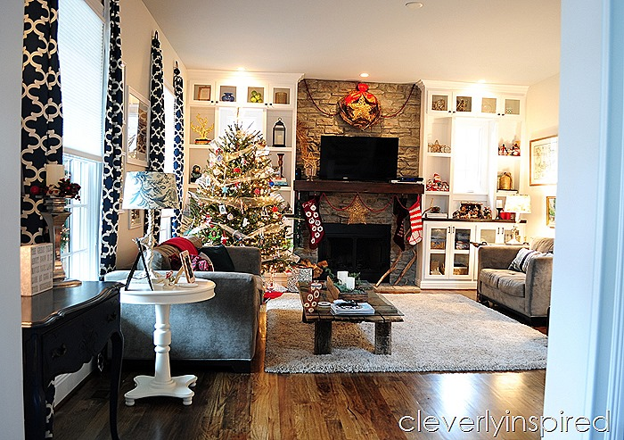 casual christmas decor @cleverlyinspired (2)