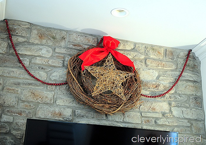 casual christmas decor @cleverlyinspired (6)