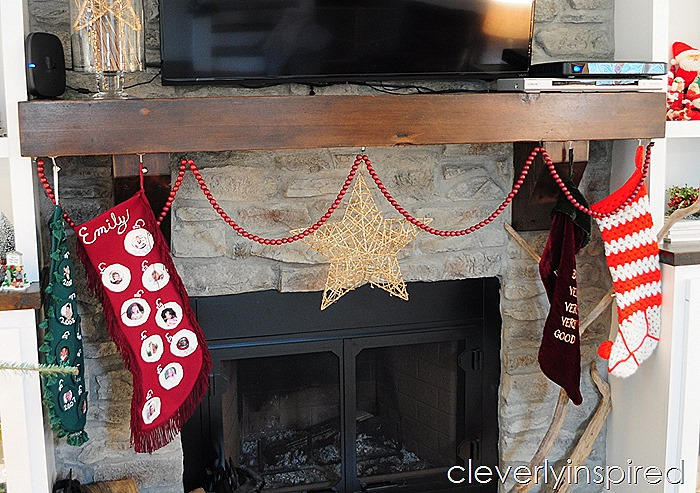 casual christmas decor @cleverlyinspired (7)