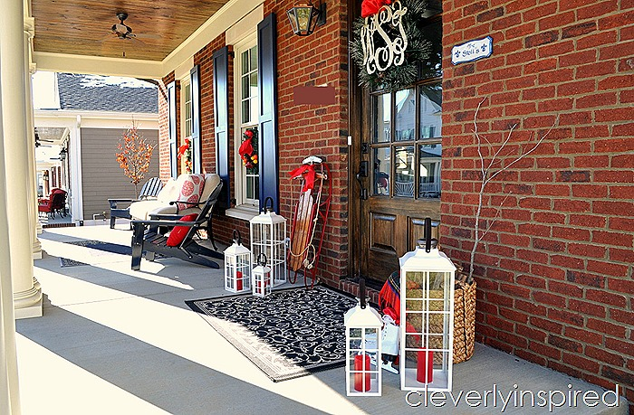 traditional outdoor Christmas decor @cleverlyinspired (14)