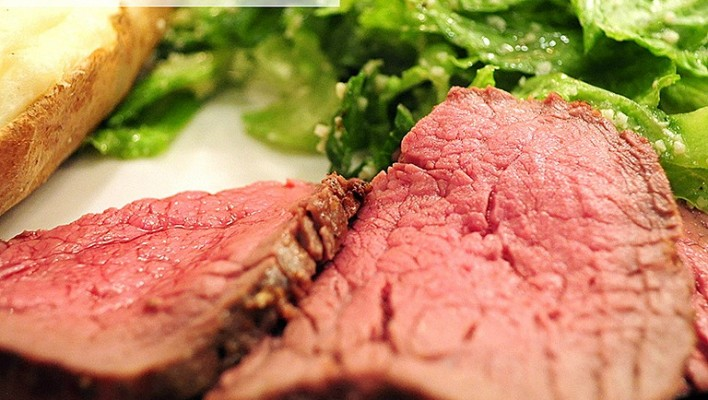 Weeknight Beef Tenderloin