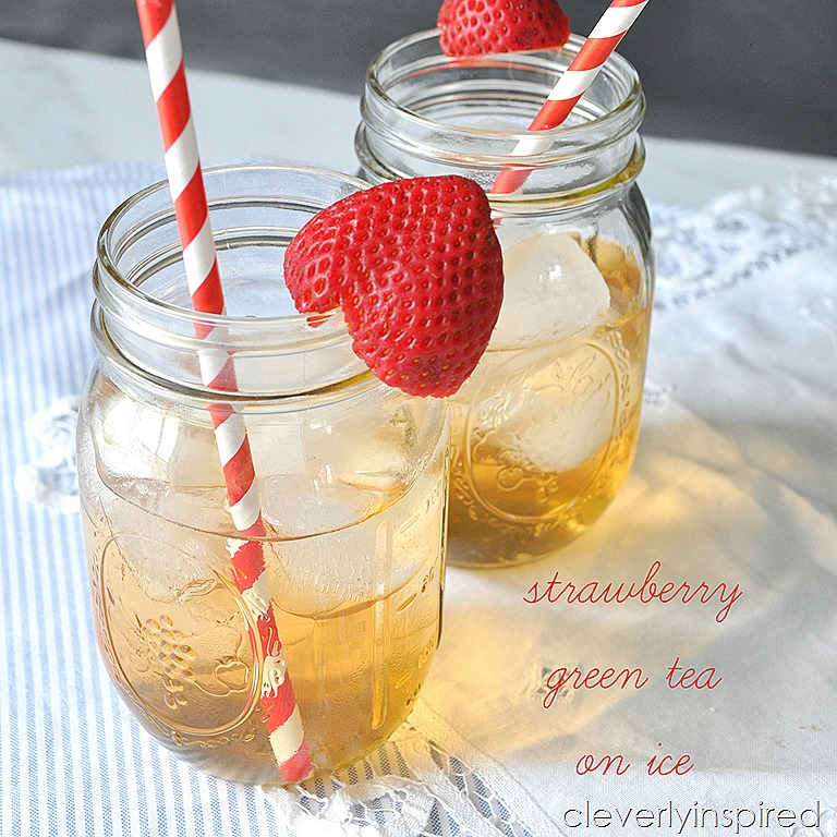 Strawberry Green Tea on Ice (Iced green tea) - Cleverly Inspired