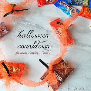 Halloween Countdown Craft with Hershey's
