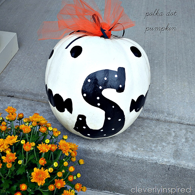 Paint a polka dot pumpkin cleverly inspired for Striped and polka dot pumpkins