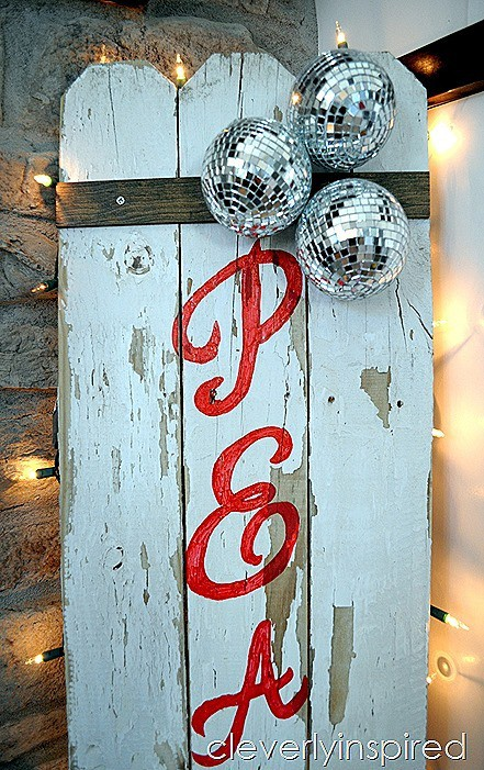 DIY Christmas sign reclaimed fence @cleverlyinspired (5)