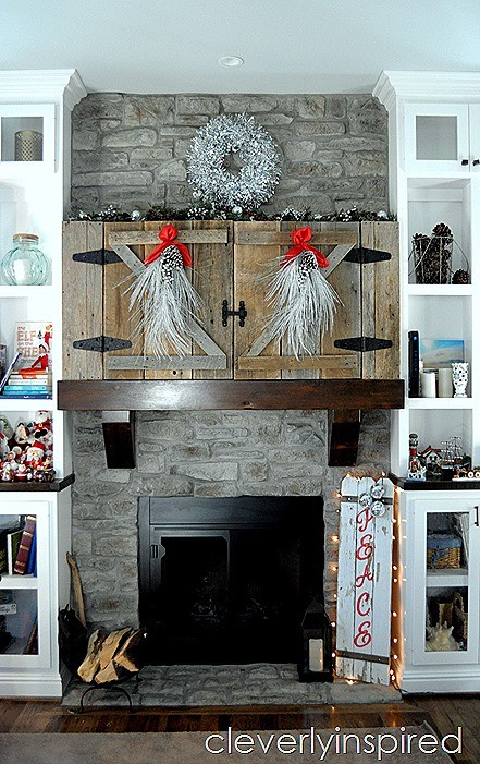 DIY Christmas sign reclaimed fence @cleverlyinspired (7)