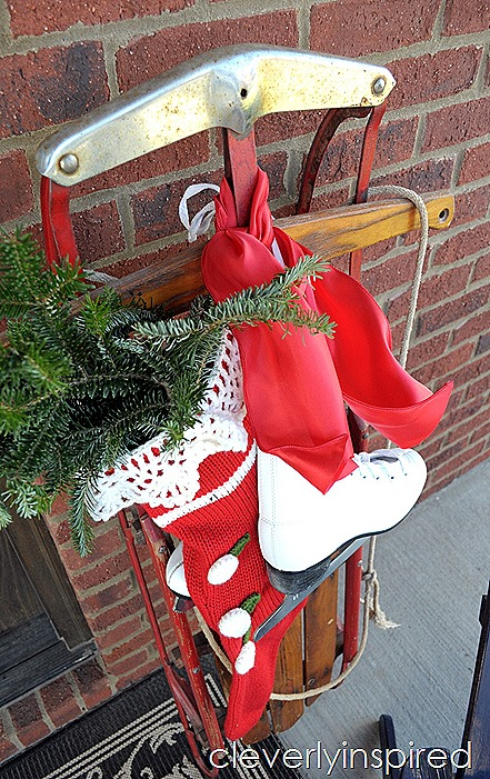 DIY large Christmas sign $10 @cleverlyinspired (13)
