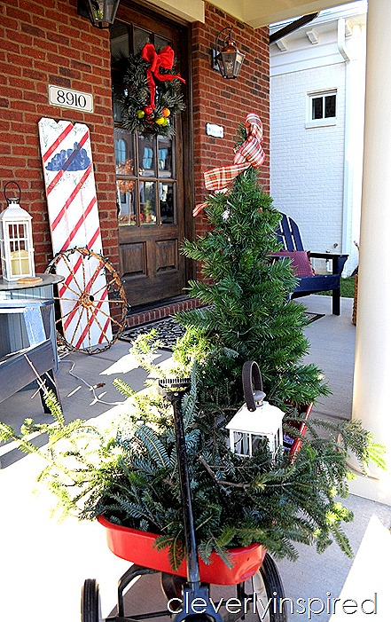 DIY large Christmas sign $10 @cleverlyinspired (4)