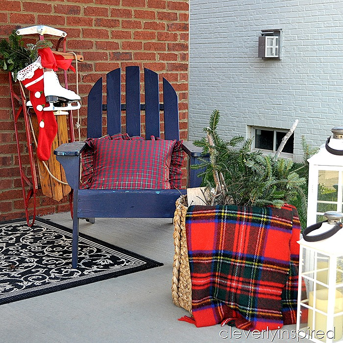 DIY large Christmas sign $10 @cleverlyinspired (5)