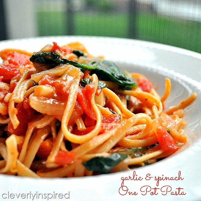 one pot garlic spinach pasta @cleverlyinspired (3)