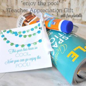 "Teacher ""Pool"" gift with Free Printable"