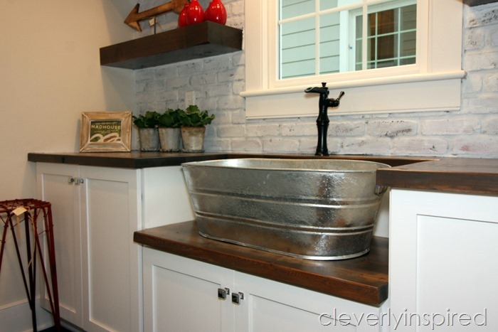 farmhouse laundry room @cleverlyinspired (2)
