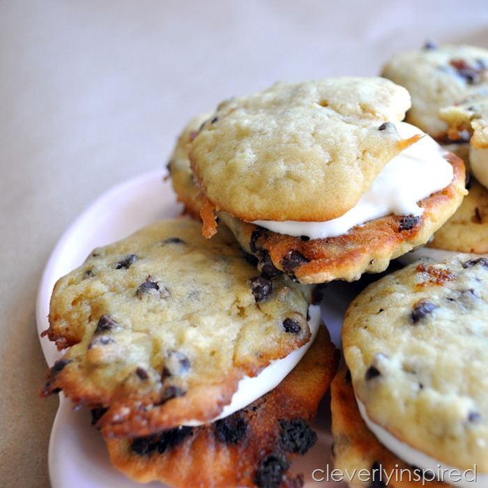 chocolate chip whoopie pie @cleverlyinspired (4)